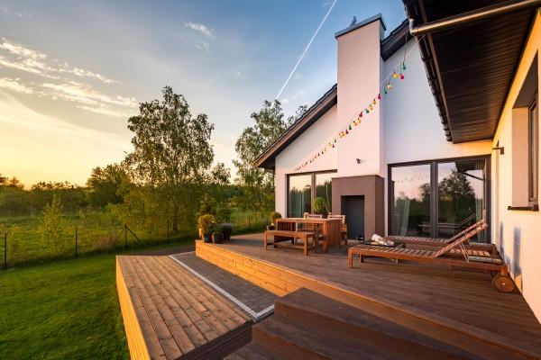 Terrassen-Holz