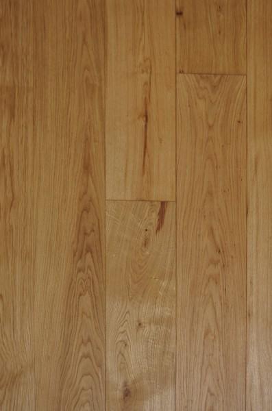 Massivholzdiele Eiche Sort. Select-Natur, mit rustikalen Einzelelementen, für Fussbodenheizung geei